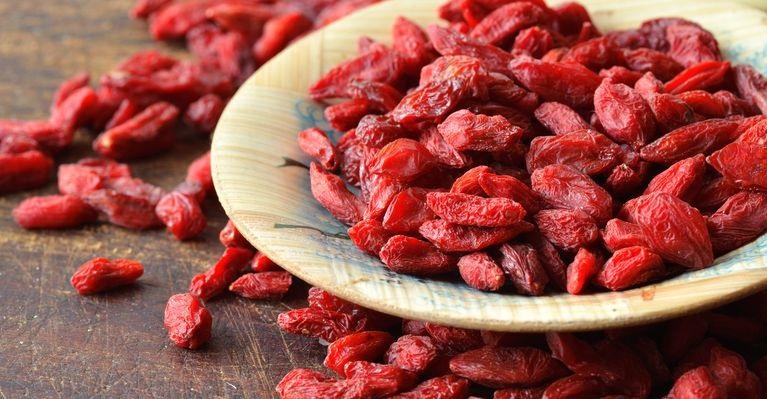 Membaca ulasan di forum tentang Goji berries